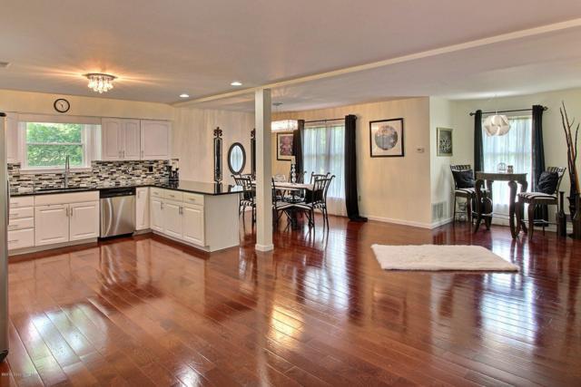 220 Fringe Dr, East Stroudsburg, PA 18302 (MLS #PM-70055) :: Keller Williams Real Estate