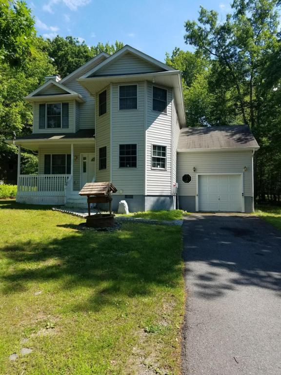 198 Oakenshield Dr, Tamiment, PA 18371 (MLS #PM-48450) :: RE/MAX Results