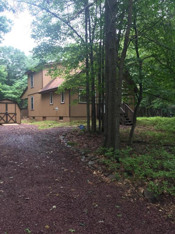 240 Brier Crest Rd, Blakeslee, PA 18610 (MLS #PM-50116) :: RE/MAX Results