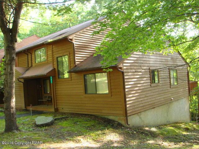 121 Meadow View Court, Bushkill, PA 18324 (MLS #PM-51974) :: RE/MAX Results