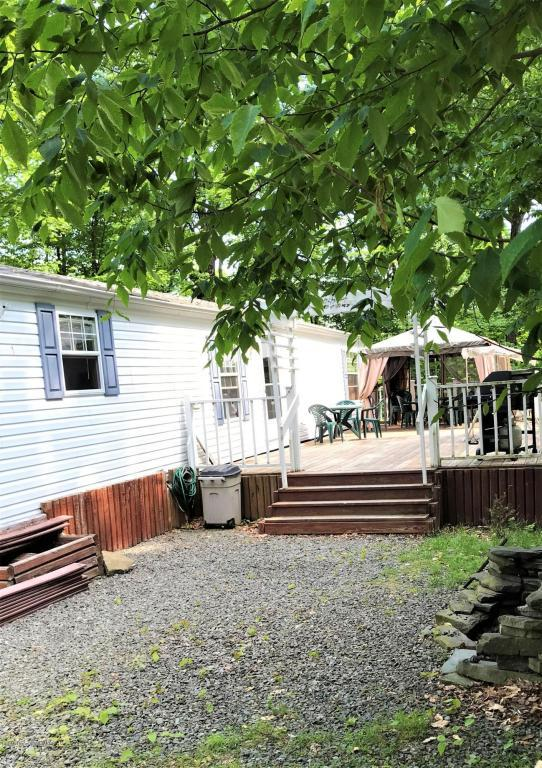 121 Hilltop Circle, Greentown, PA 18426 (MLS #PM-58245) :: RE/MAX of the Poconos
