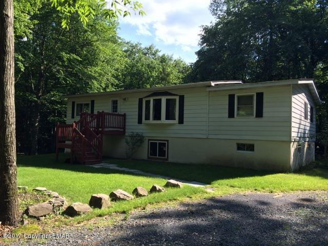 141 Spring Ter, Long Pond, PA 18334 (MLS #PM-58441) :: Keller Williams Real Estate