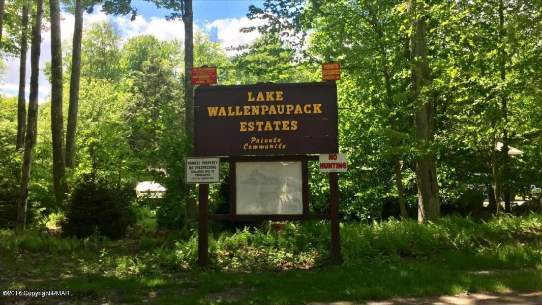 Wallenpaupack Dr - Photo 1