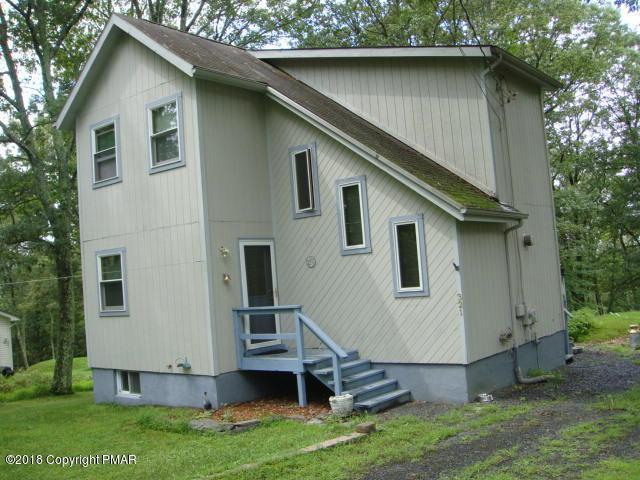 321 Mallard Ln, Bushkill, PA 18324 (MLS #PM-60663) :: RE/MAX of the Poconos
