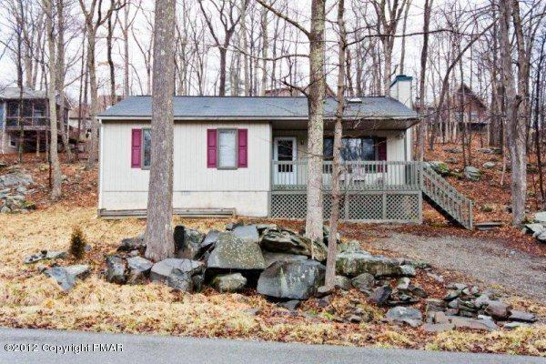 1051 Porter Dr, East Stroudsburg, PA 18302 (MLS #PM-63213) :: RE/MAX of the Poconos