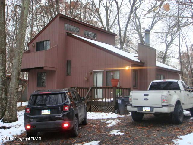 15 Hilltop Circle, East Stroudsburg, PA 18302 (MLS #PM-63321) :: RE/MAX of the Poconos