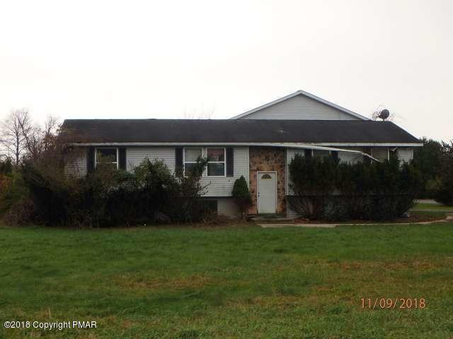 107 Farm Ct, Brodheadsville, PA 18322 (MLS #PM-63657) :: Keller Williams Real Estate