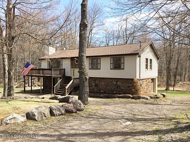 122 Wyalusing Dr, Pocono Lake, PA 18347 (MLS #PM-67060) :: Keller Williams Real Estate