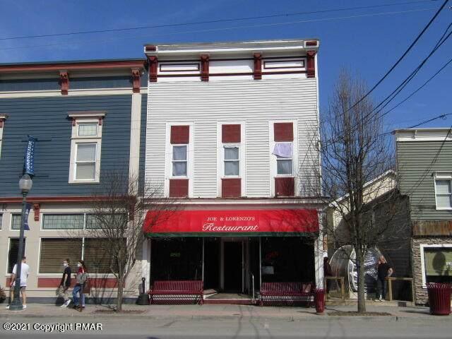 213 Main Ave - Photo 1