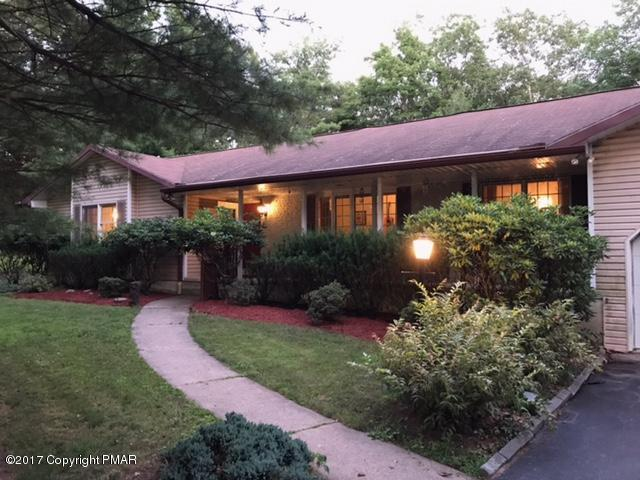 2518 Highview Dr, Brodheadsville, PA 18322 (MLS #PM-46797) :: RE/MAX Results