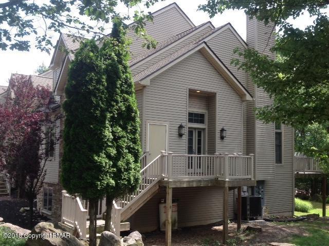 36 Mountainwoods Dr, Lake Harmony, PA 18624 (MLS #PM-57645) :: Keller Williams Real Estate