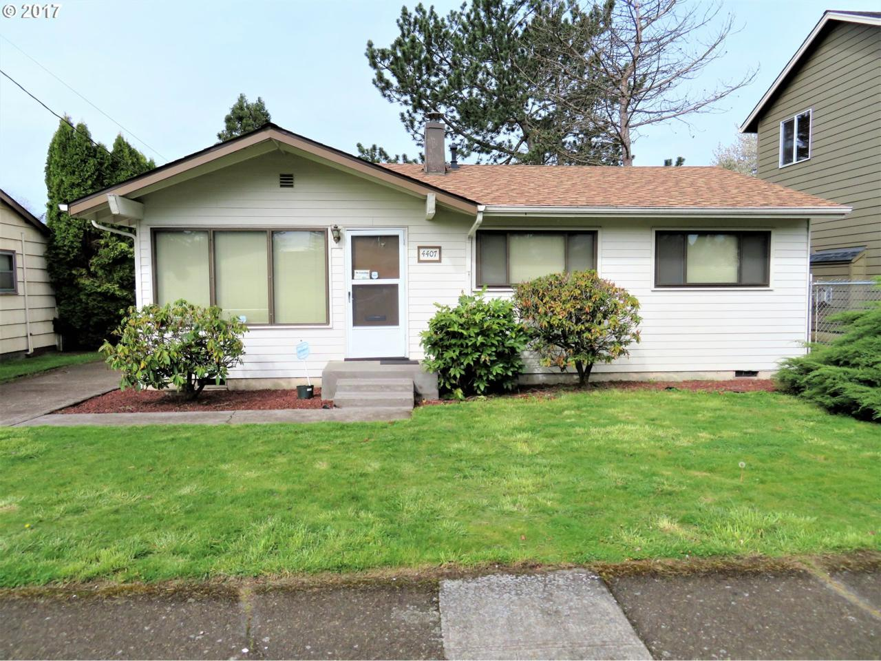 4407 SE 75TH Ave, Portland, OR 97206 (MLS #17270774) :: Change Realty