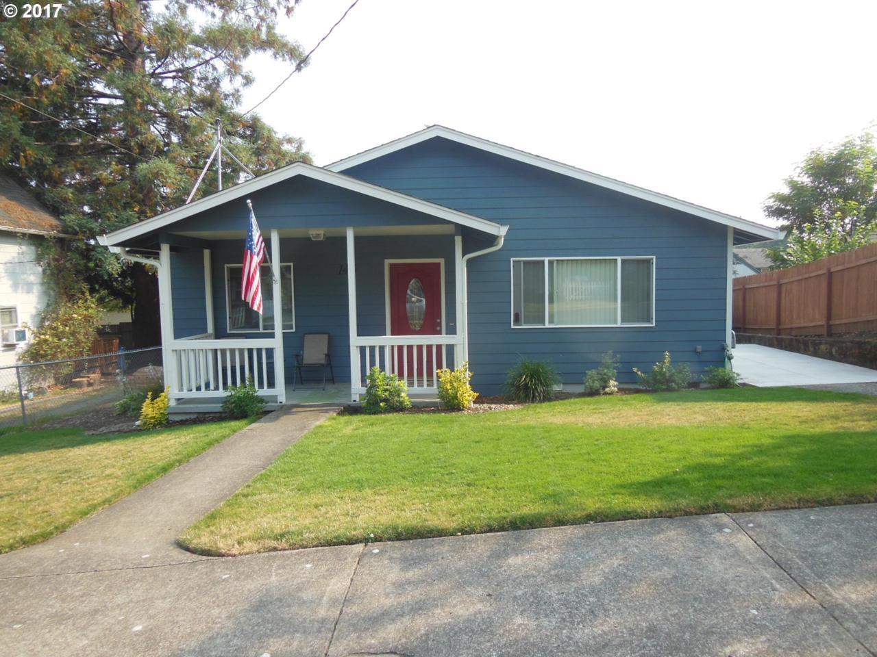 146 NW 17TH Ave, Camas, WA 98607 (MLS #17474287) :: The Dale Chumbley Group