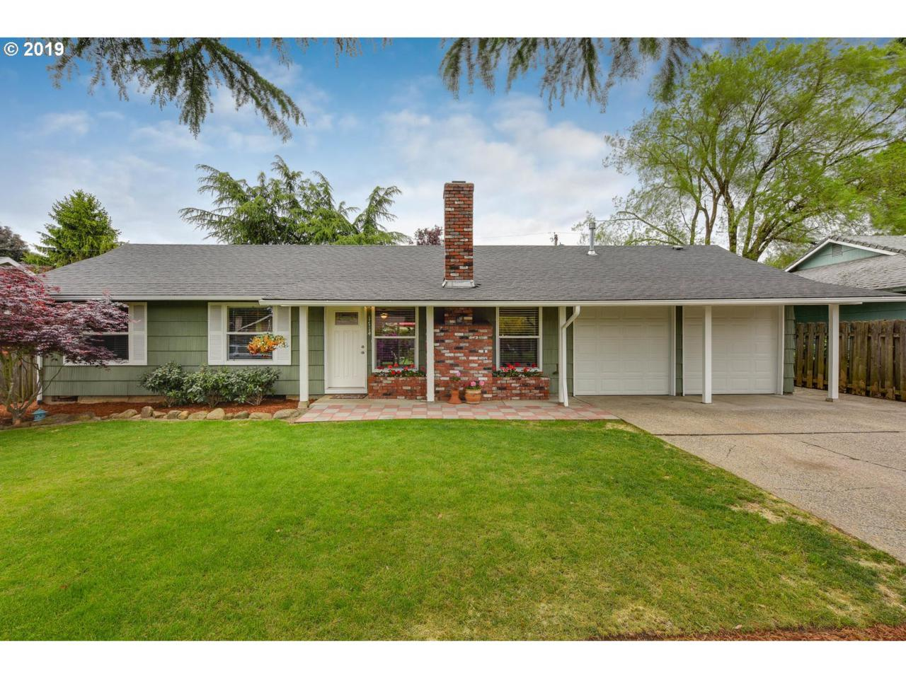 1714 159TH Ave - Photo 1