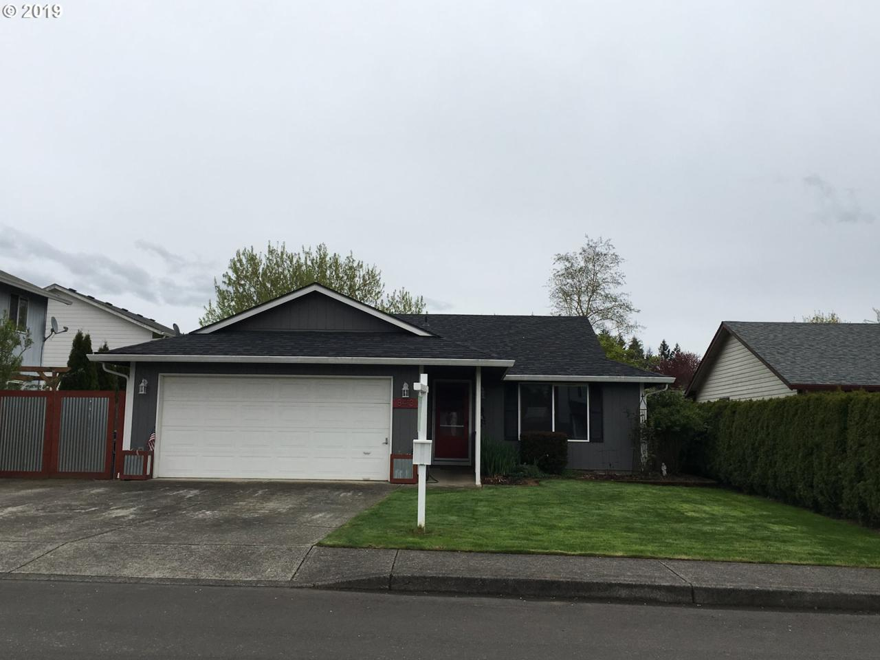 8413 157TH Ave - Photo 1