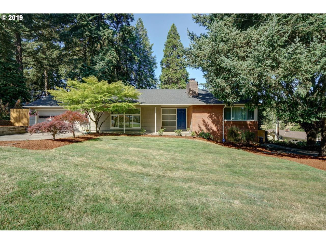 3203 Pioneer Dr - Photo 1