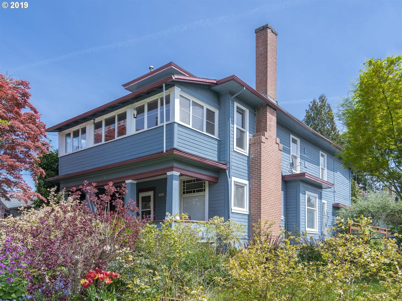 1606 49TH Ave - Photo 1