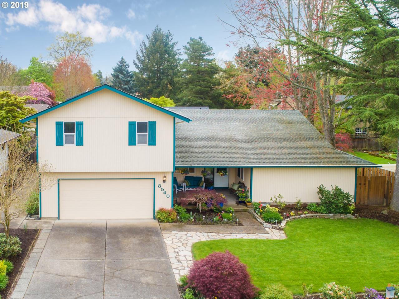 8540 Indian Hill Ln - Photo 1
