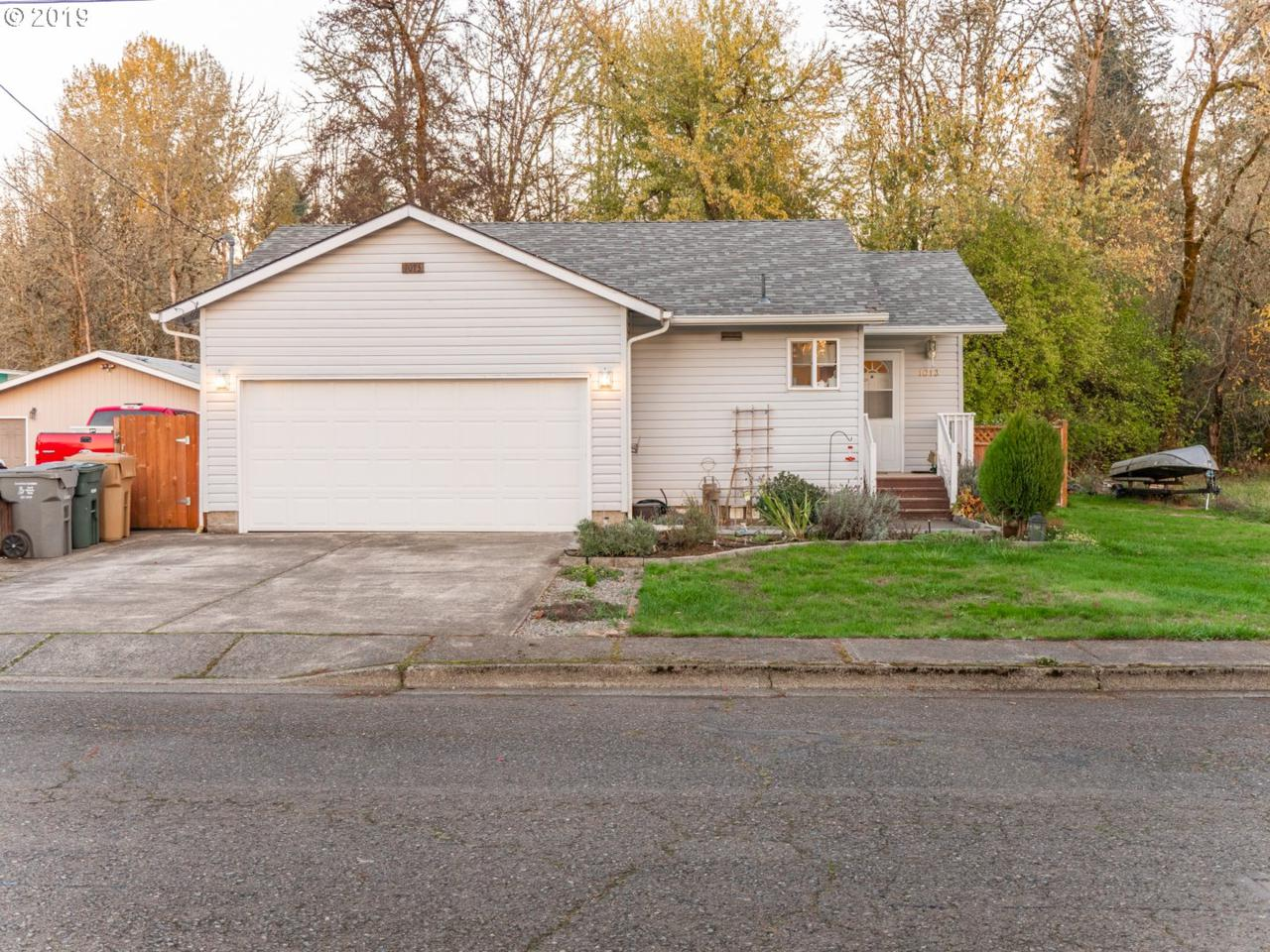 1013 23RD Ave - Photo 1