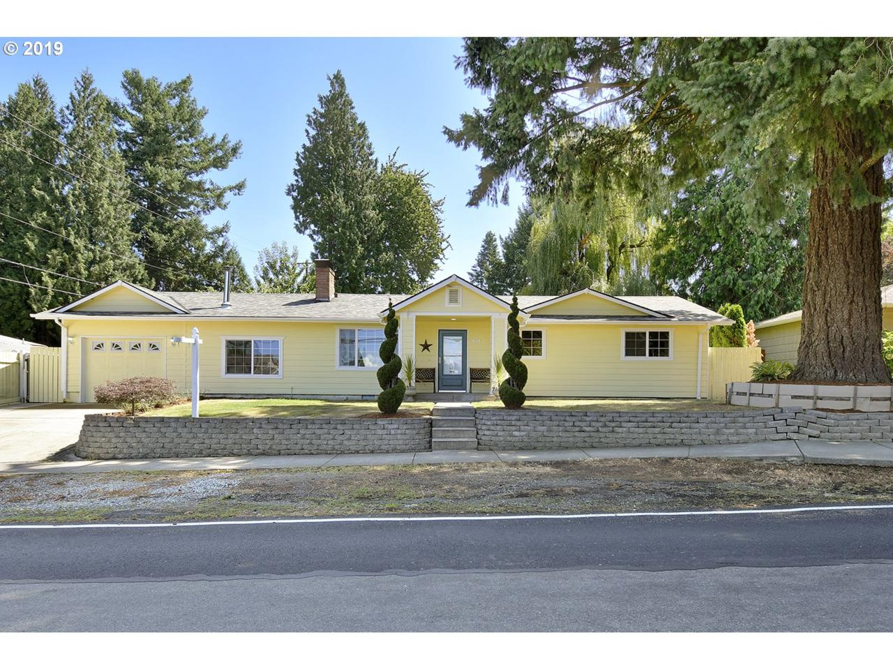 844 212TH Ave - Photo 1
