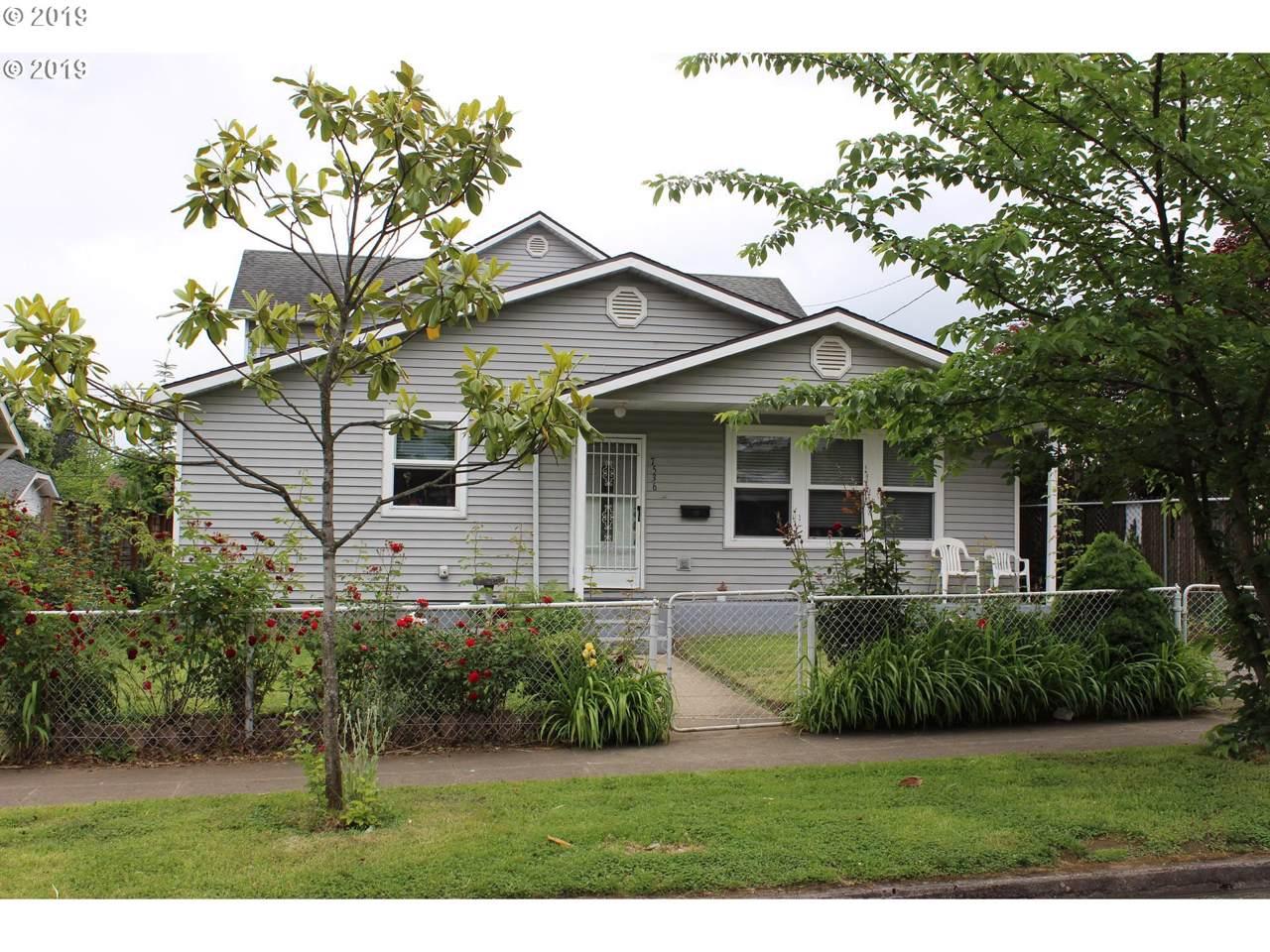 7536 Chatham Ave - Photo 1