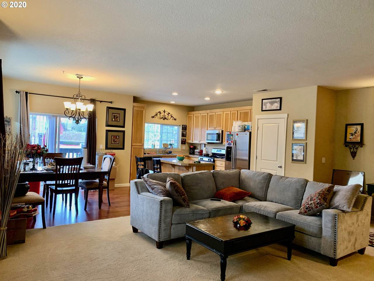 https://bt-photos.global.ssl.fastly.net/portland/1280_boomver_1_20258245-2.jpg