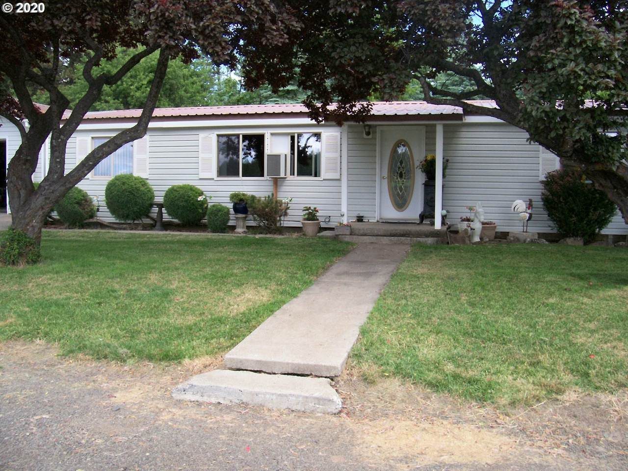 83350 Lewiston Hwy - Photo 1