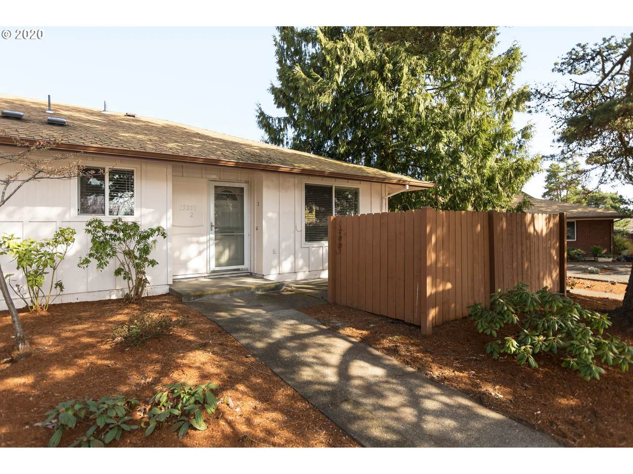 15255 116TH Ave - Photo 1