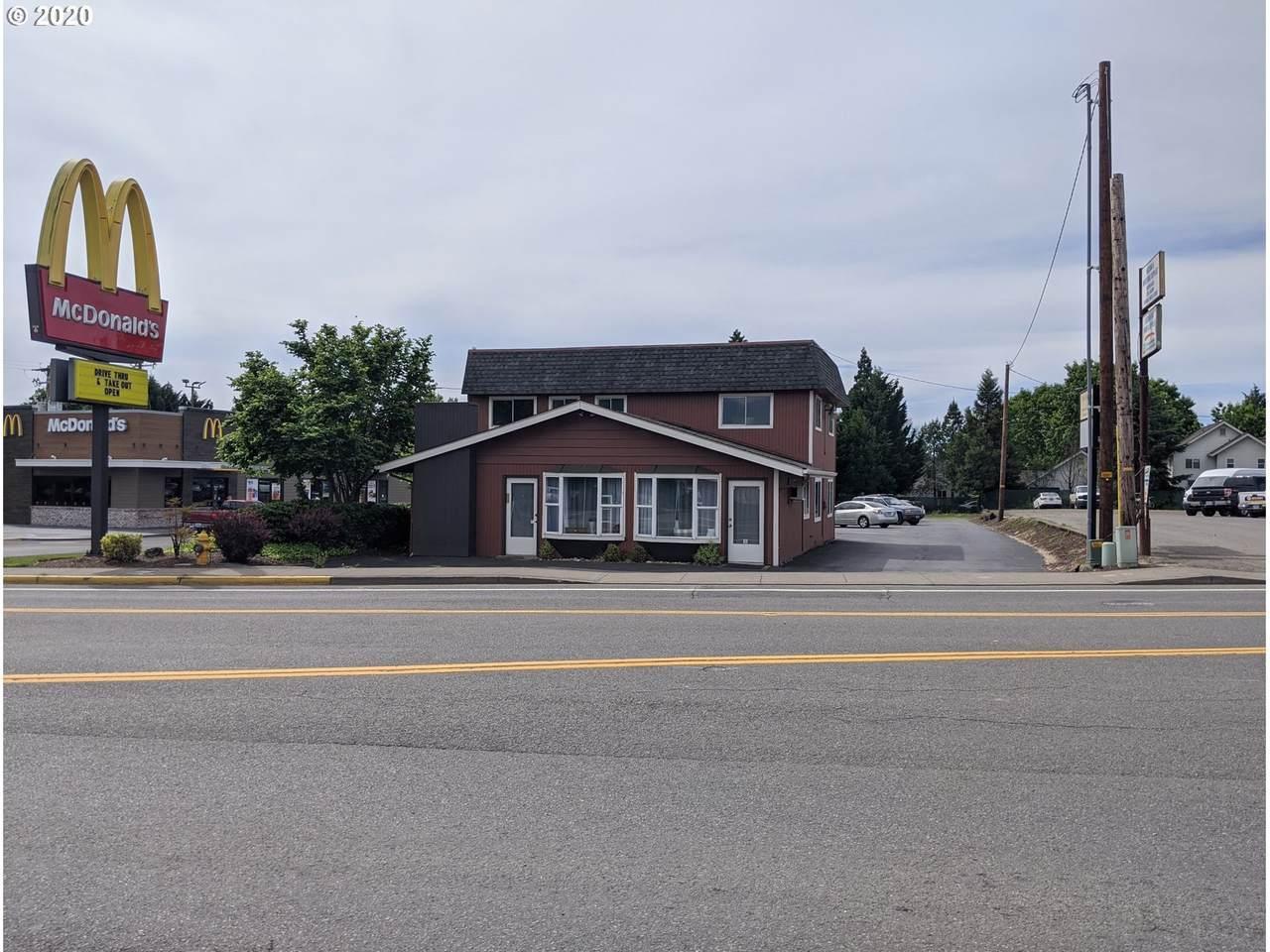 211 Ellendale Ave - Photo 1