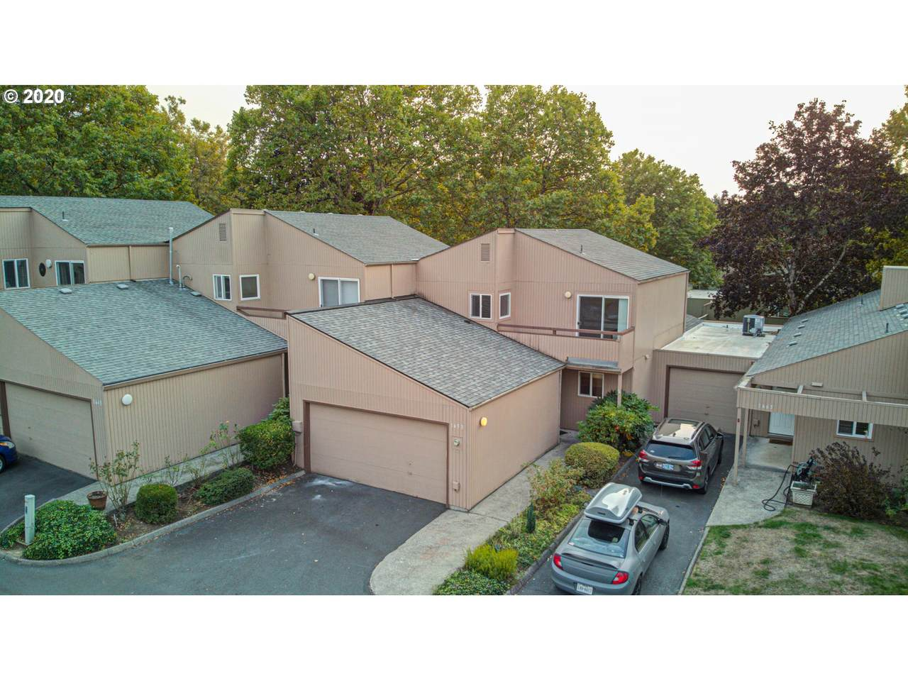 1653 Rolling Hill Dr - Photo 1