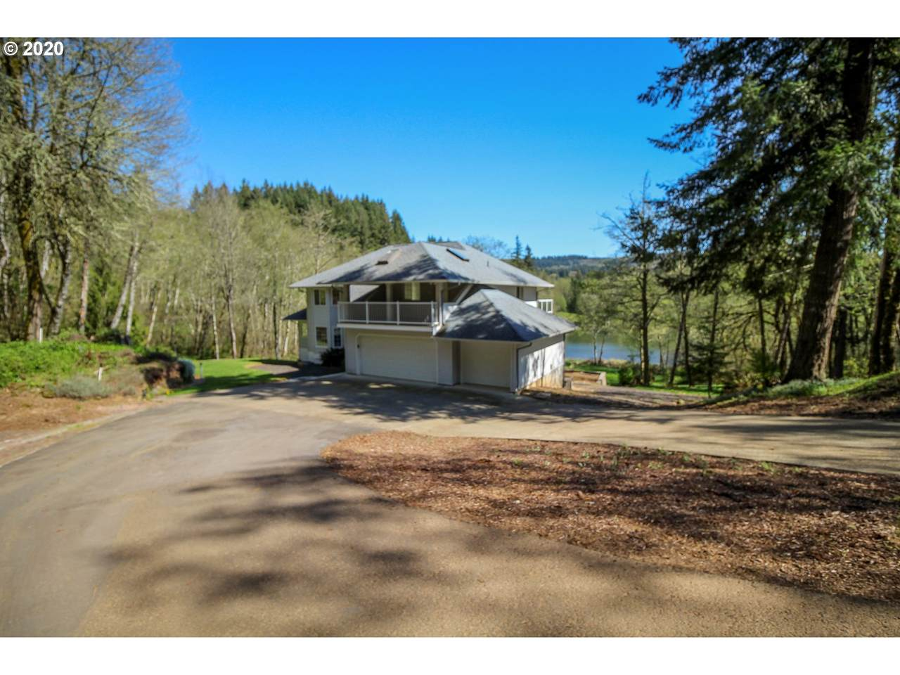 36501 Lakeview Dr - Photo 1