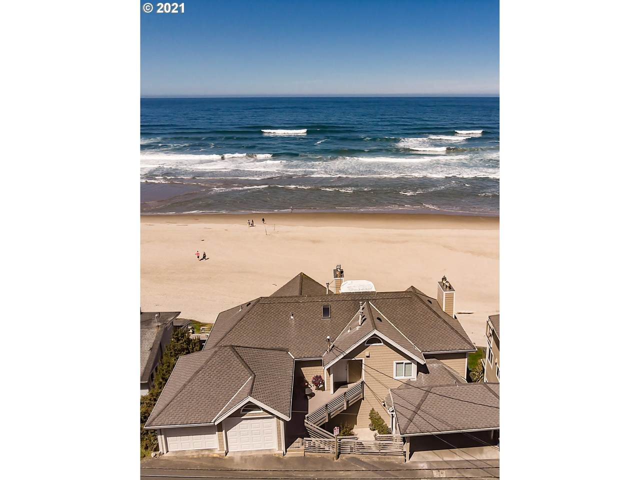1127 Coast Ave - Photo 1