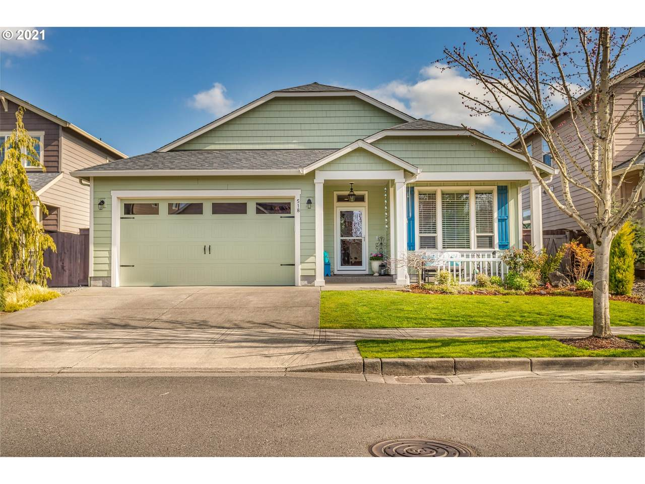 518 Helens View Dr - Photo 1