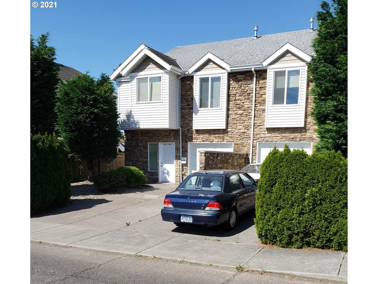 1833 94TH Ave - Photo 1