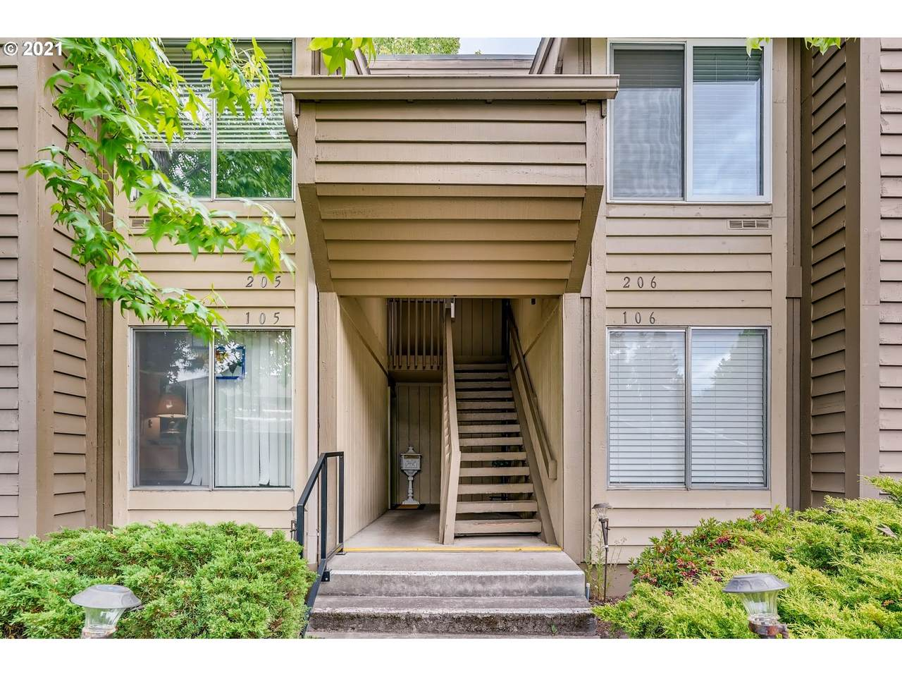 650 Meadow Dr - Photo 1