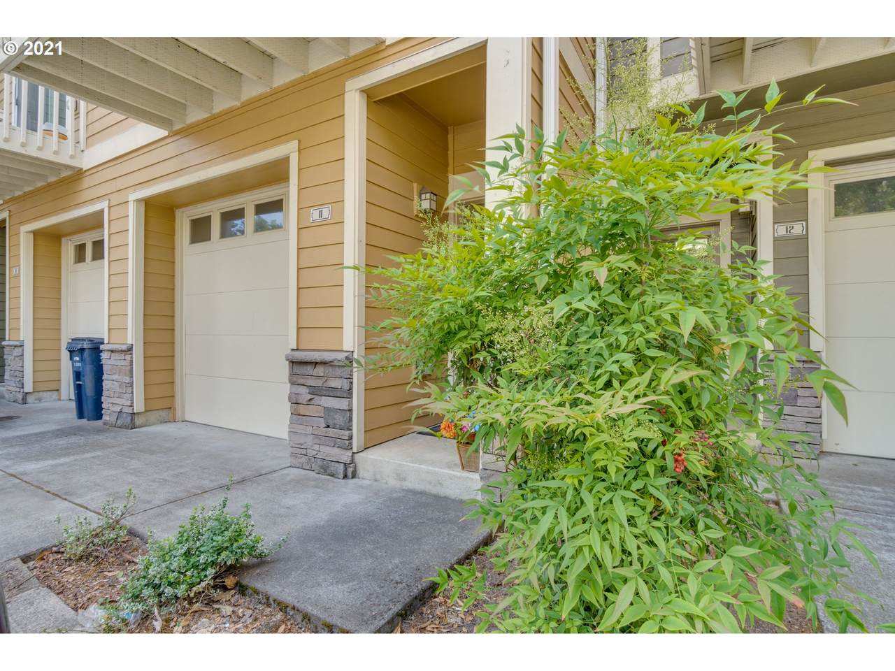 18465 Stepping Stone Dr - Photo 1