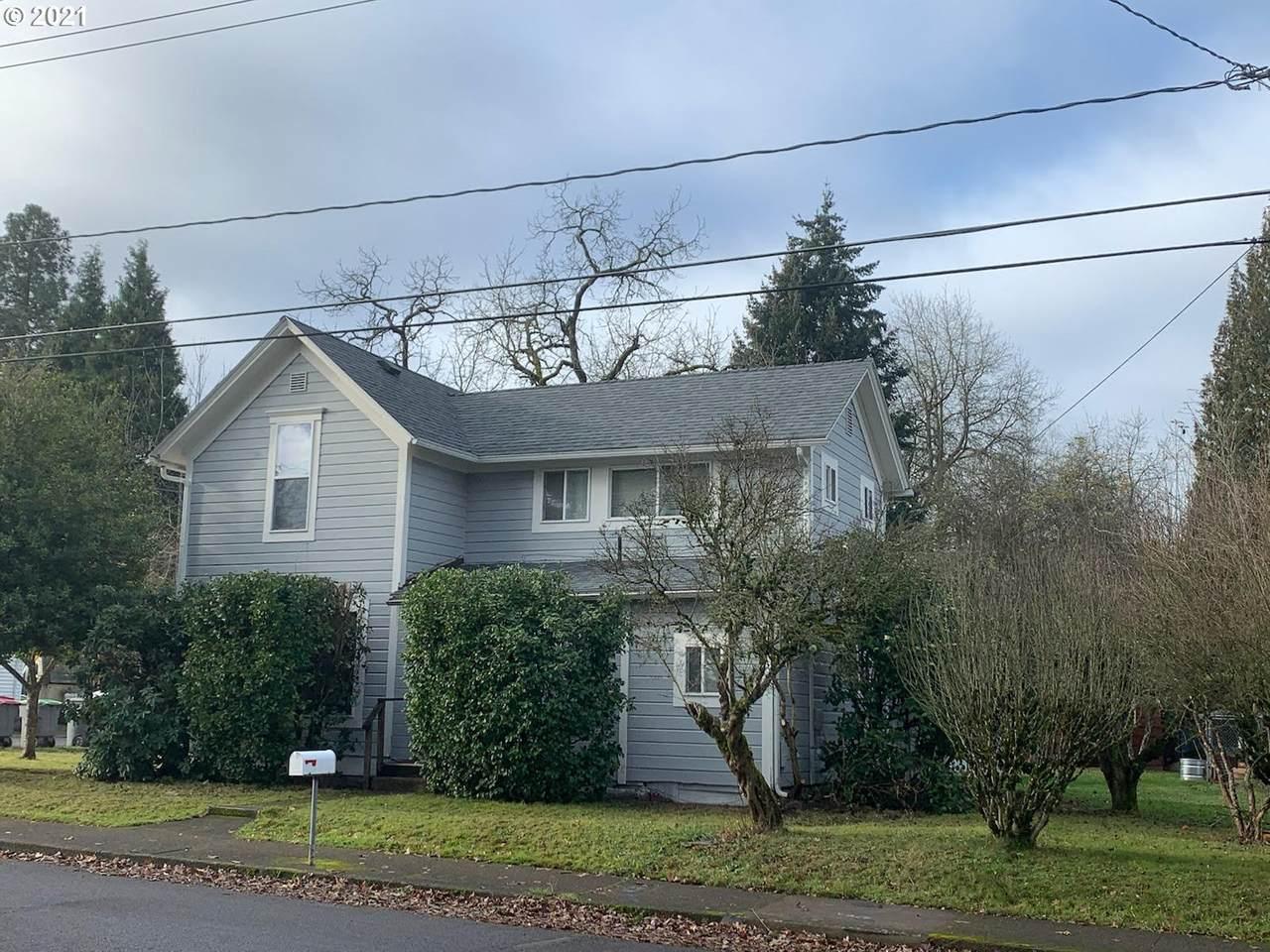 1049 Brockwood Ave - Photo 1