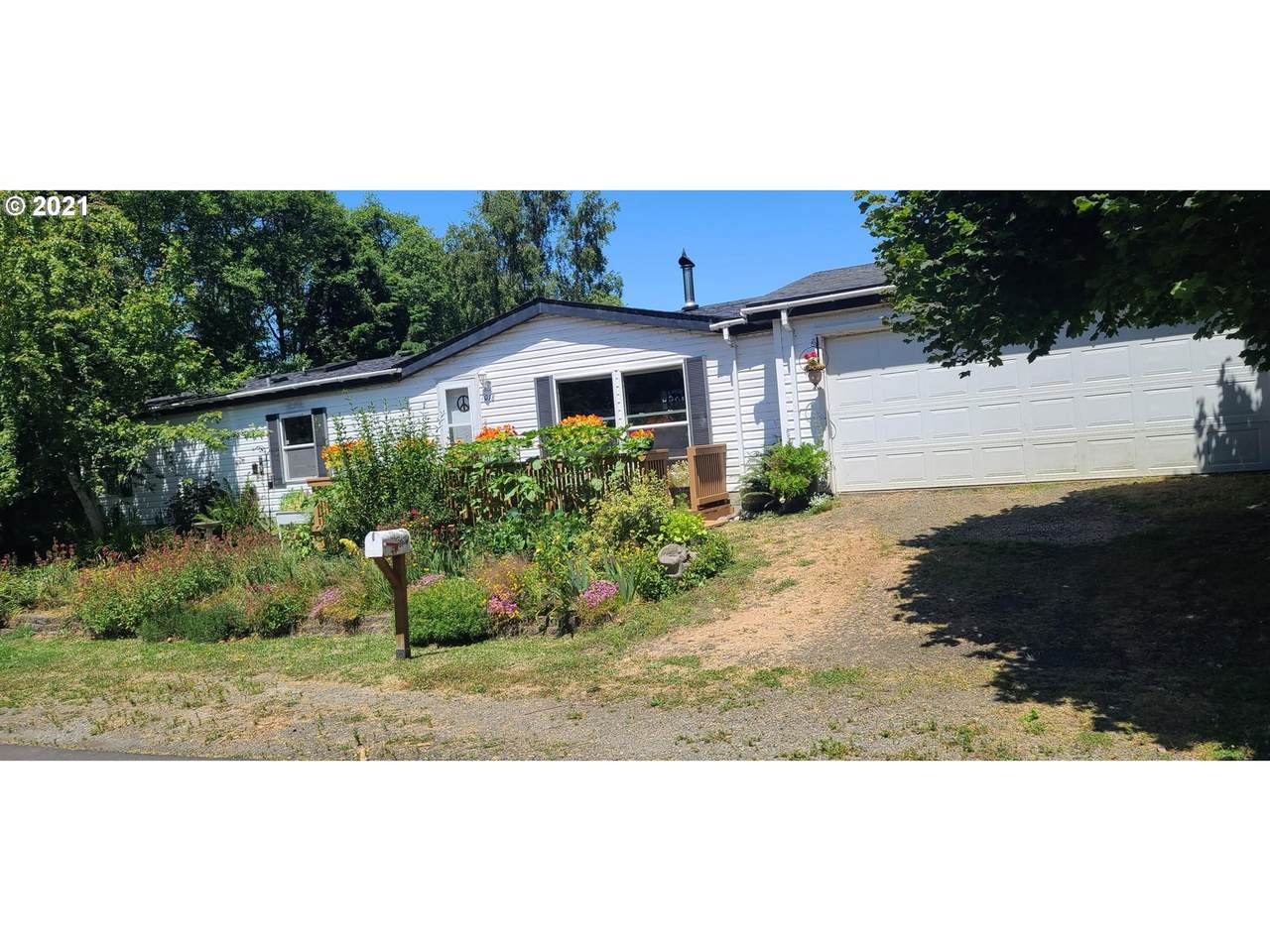 1018 12TH Ave - Photo 1