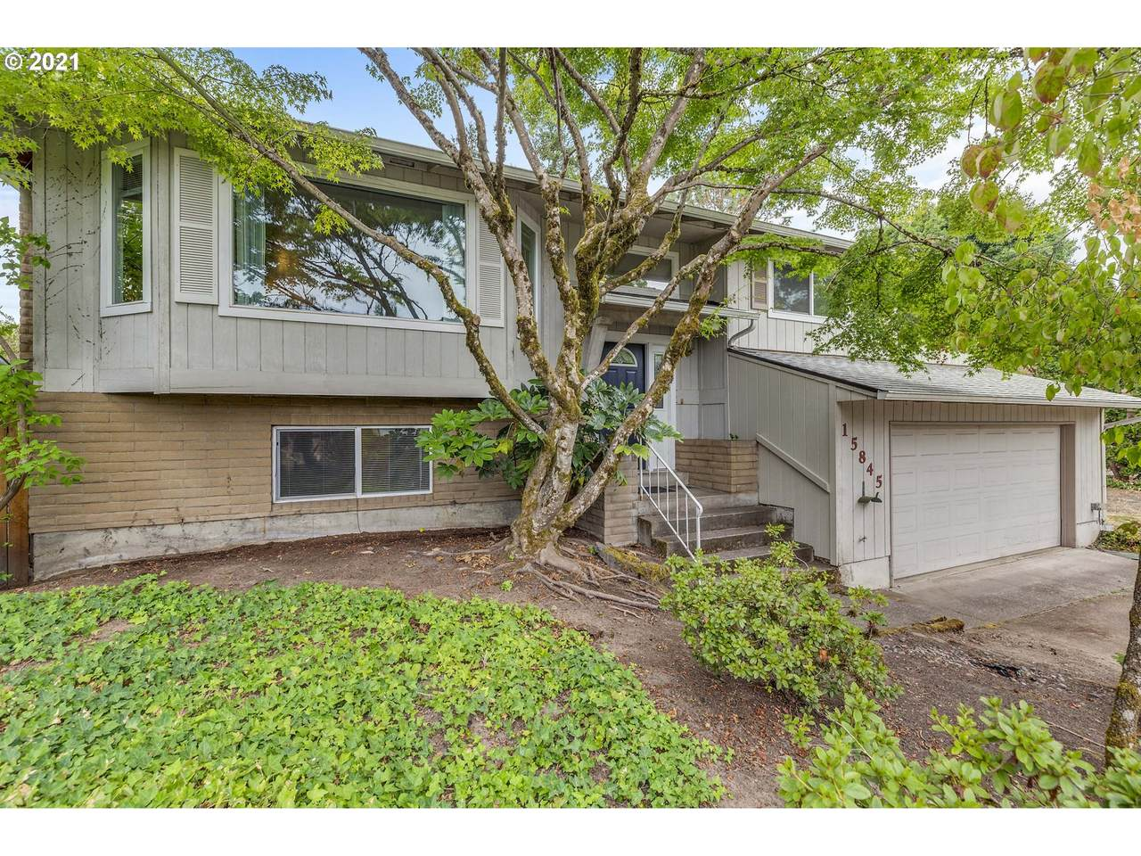 15845 88TH Ave - Photo 1