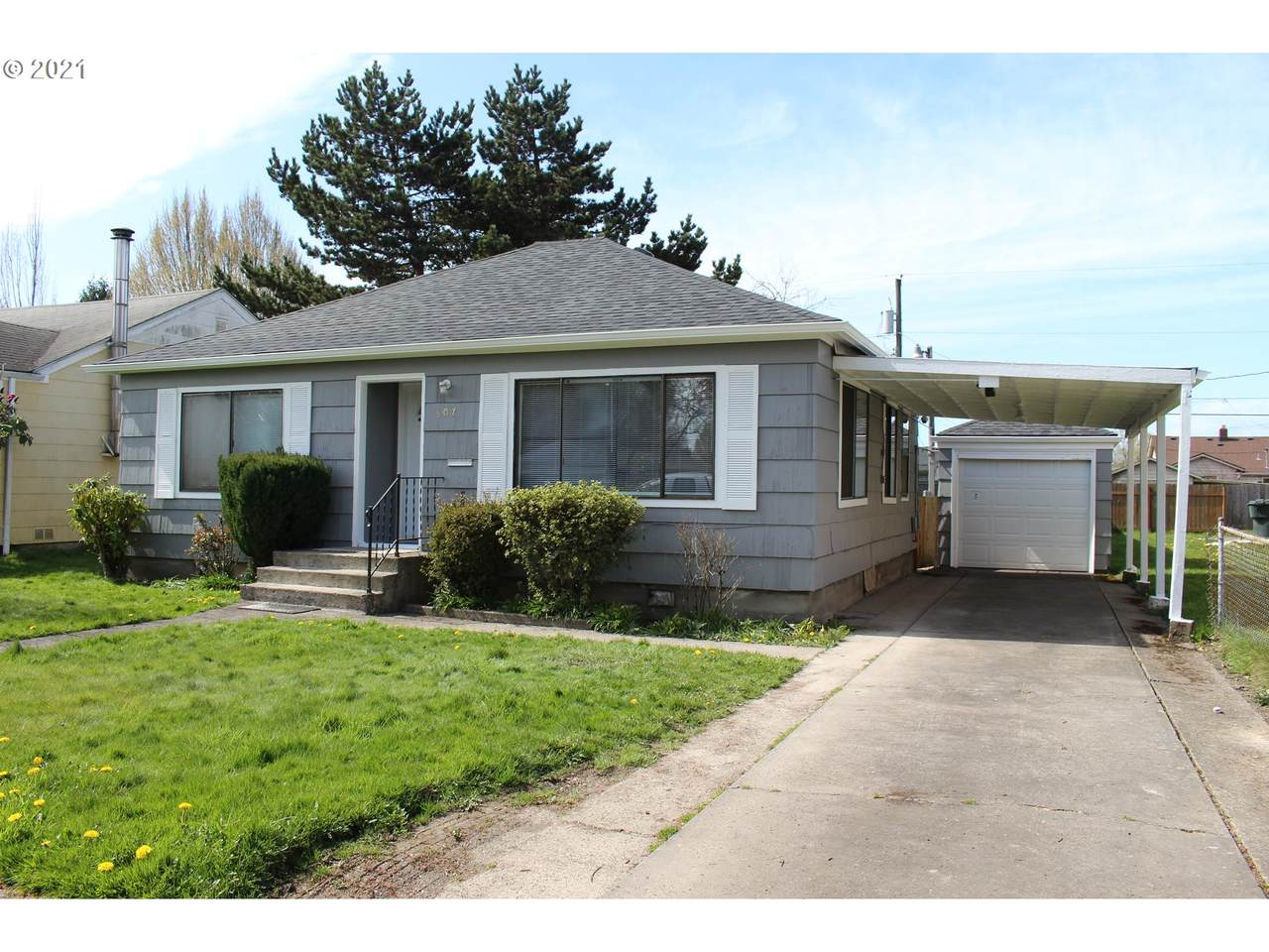 507 20TH Ave - Photo 1