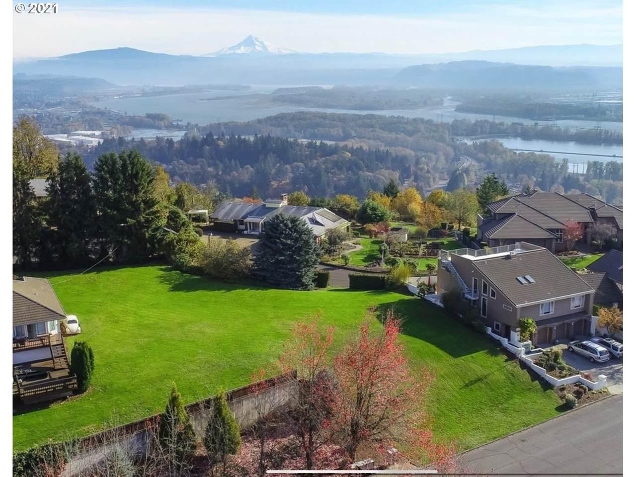 750 View Ridge St - Photo 1