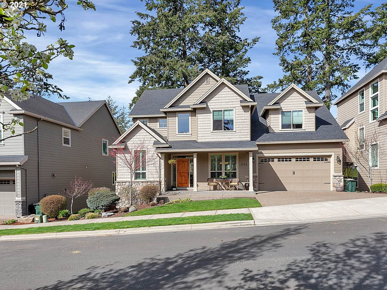 1325 114TH Ave - Photo 1