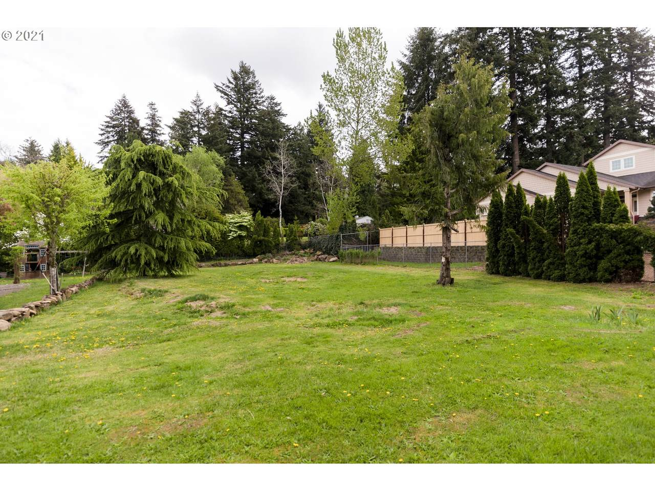 203RD Ave - Photo 1