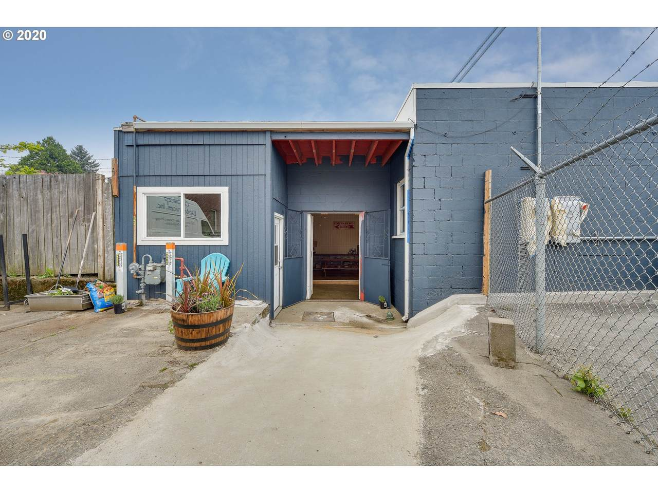 4839 106TH Ave - Photo 1