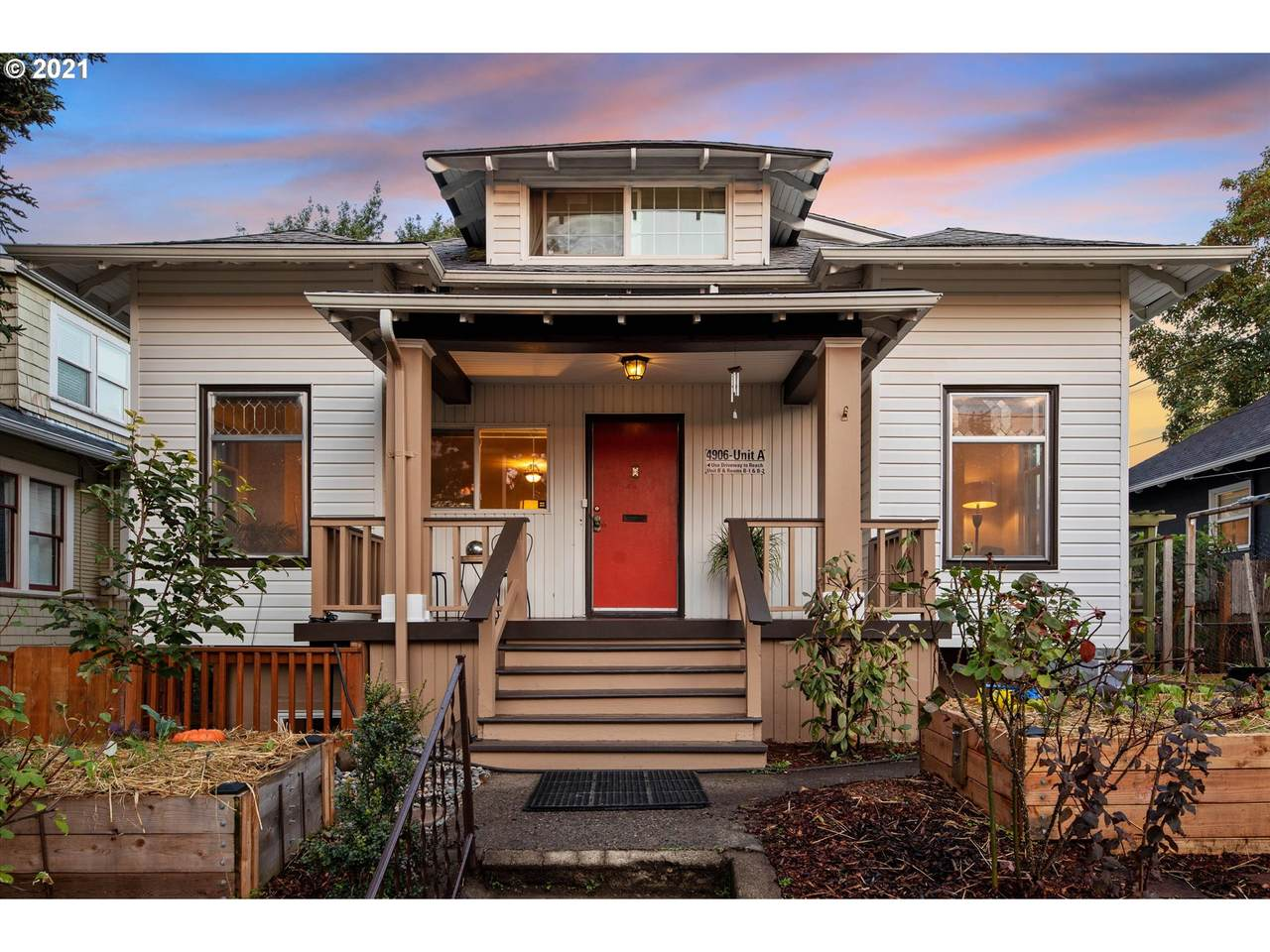 4906 22nd Ave - Photo 1