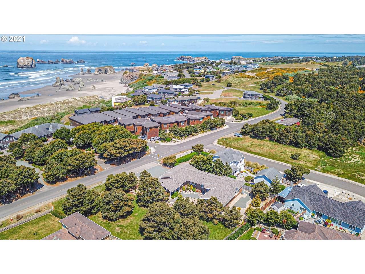 2841 Beach Loop Dr - Photo 1