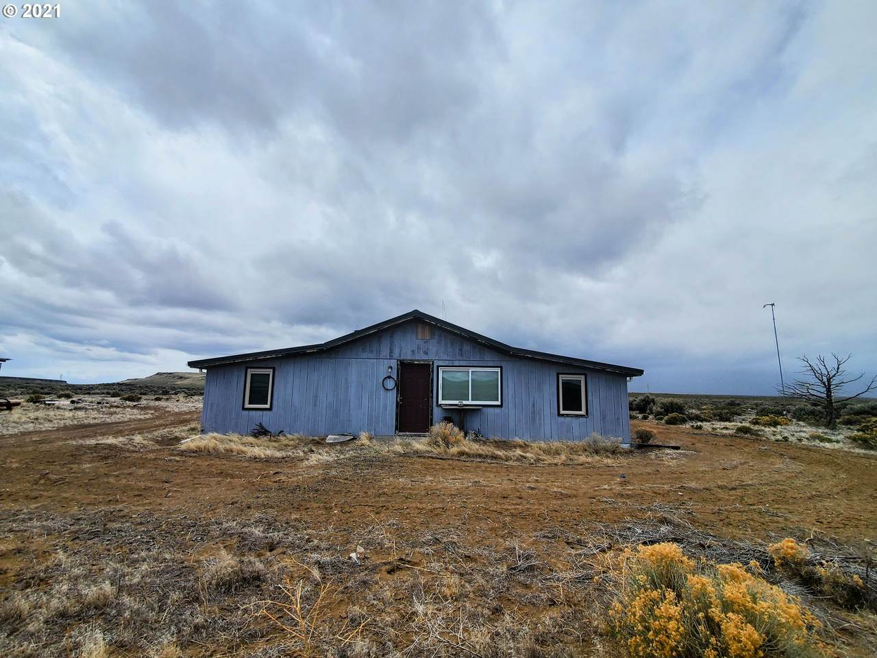 97282 Christmas Valley Hwy - Photo 1