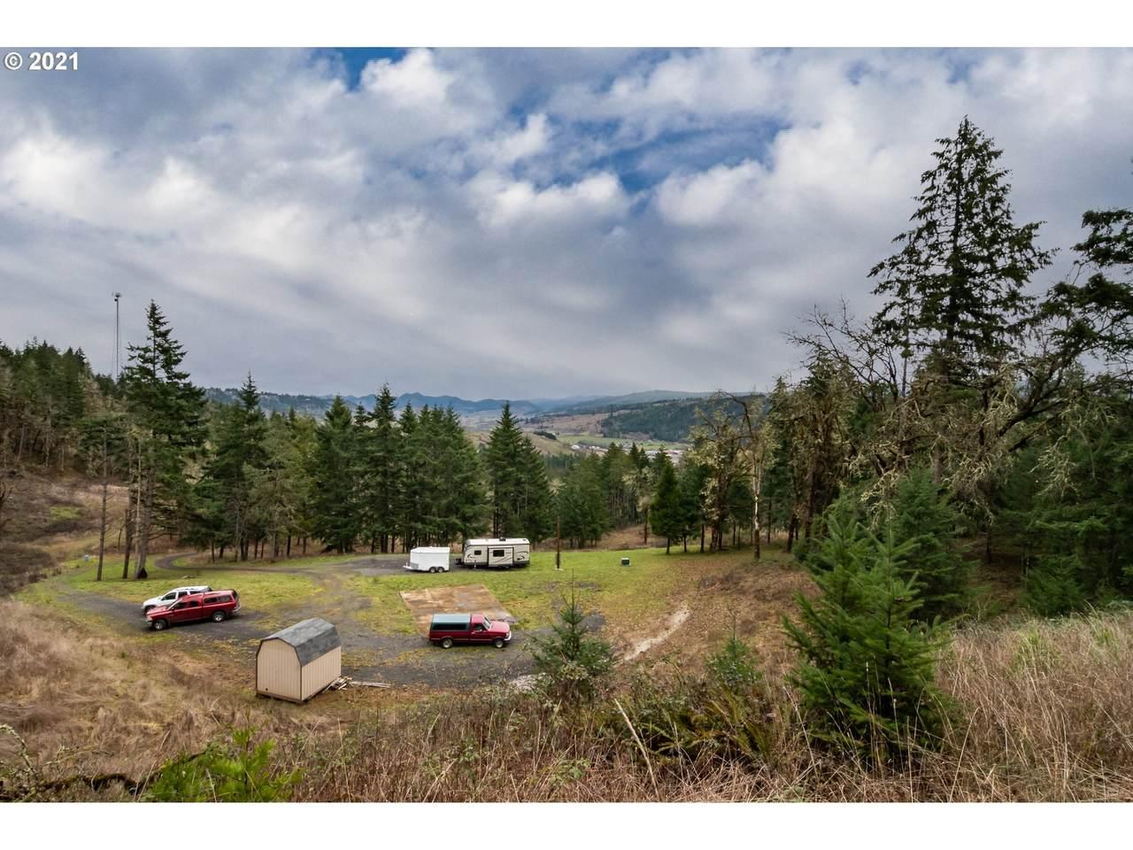 1320 Deer Hollow Ln - Photo 1