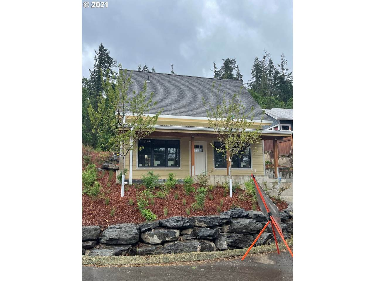 508 4TH Ave - Photo 1