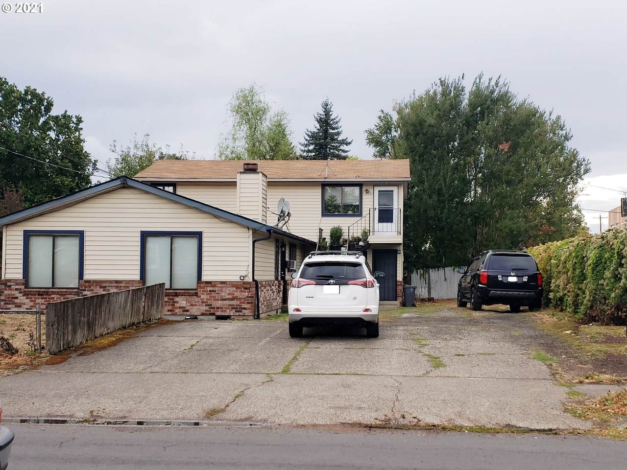 3509 72ND Ave - Photo 1